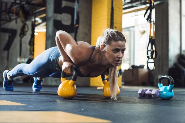 Donne in palestra: ecco come si allenano
